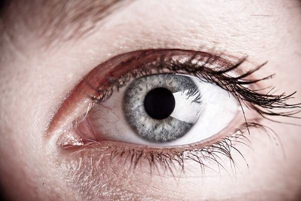 Research identifies way to boost corneal transplant success